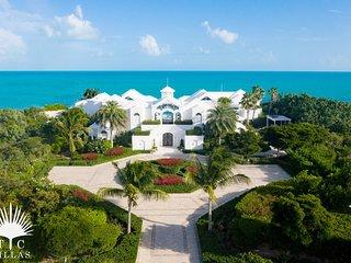 TC Villas // Mandalay Villa - Ultra luxurious beachfront on Long Bay Beach