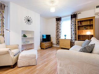 Fabulous London Bridge/Borough 2-Bedroom Flat - TRW2