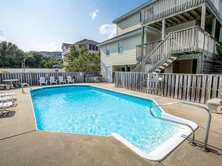 Duck Dream II | 1860 ft from the beach | Private Pool, Hot Tub | Duck