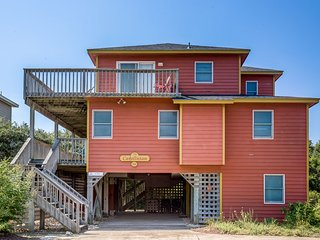 Carolinian | 382 ft from the beach | Hot Tub, Dog Friendly, Community Pool | Cor
