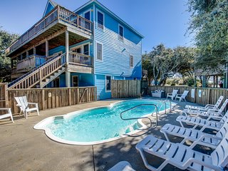 Lazy Dayz | 620 ft from the beach | Private Pool, Hot Tub | Duck