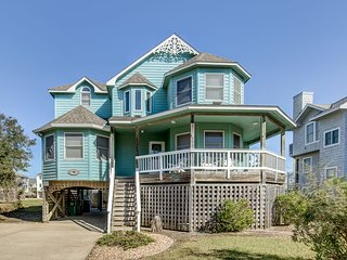 Victorian Secret | 350 ft from the beach | Hot Tub, Community Pool | Corolla