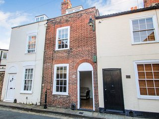 Kings Mile Cottage City centre historic 2 bedroom cottage