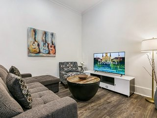 Hosteeva | 2BR Condo in the Heart of NOLA