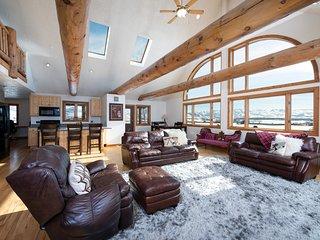 Pineview Cabin | 2 Bedroom