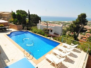 Sant Genis de Palafolls Villa Sleeps 8 with Pool - 5509494