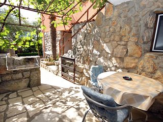 Kornic Apartment Sleeps 2 with Air Con and WiFi - 5464321
