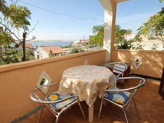 Franjevica Apartment Sleeps 2 with Air Con - 5469512