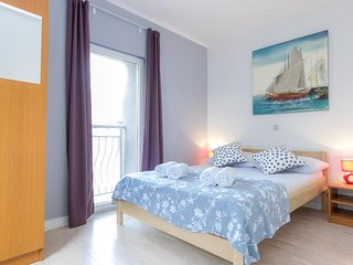 Novalja Apartment Sleeps 6 with Air Con - 5791582