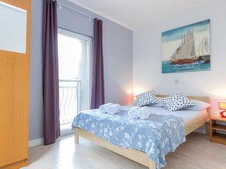 Novalja Apartment Sleeps 6 with Air Con and WiFi - 5791582