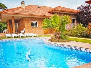 Vallcanera Villa Sleeps 8 with Pool and WiFi - 5828341