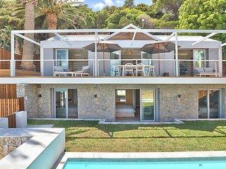 Victoria Rocks Villa