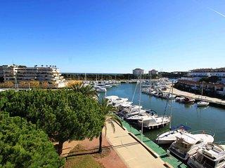 Apartamento con vistas mar y piscina comunitaria