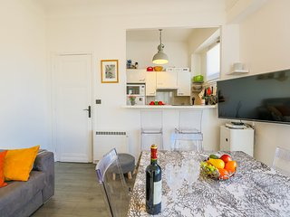 LE COLISEE AP4190 By RIVIERA HOLIDAY HOMES