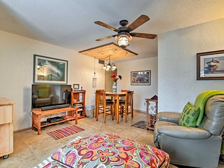 NEW! Cute Townhome w/ Pool Access & Walk to Beach!