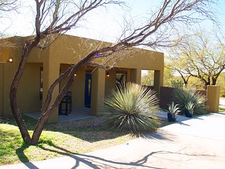 Private Guest House on Gated/Walled Estate near Dove Mtn/Ritz-Carlton/Oro Valley