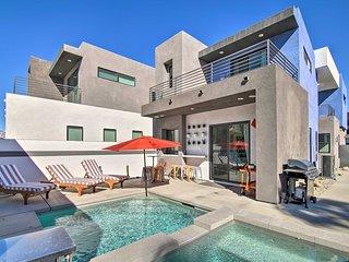 NEW! Modern Palm Springs Oasis w/ Mountain Views!