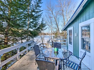 NEW! Little Long Pond Cottage: Swim, Fish, Kayak!
