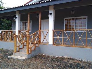Exclusive Miranda Suites Beach House #1