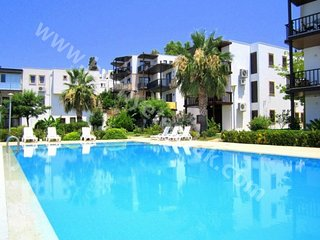 Bodrum Apartment Sleeps 5 with Pool and Air Con - 5825496