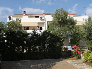 Novalja Apartment Sleeps 4 with Air Con - 5609586