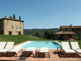 San Vincenti Villa Sleeps 18 with Pool Air Con and WiFi - 5696049