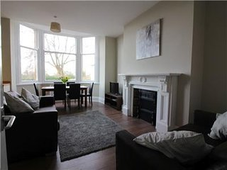 Springfield Apartment 1 - Set in the centre of Doncaster, this modern fully serv