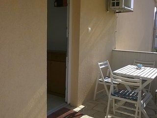 Kornic Apartment Sleeps 6 with Air Con and WiFi - 5821157