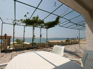 Franjevica Apartment Sleeps 4 with Air Con - 5466040