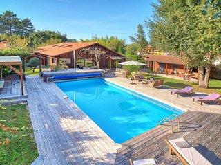 Seignosse Villa Sleeps 8 - 5820571