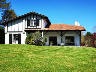 Bassussarry Villa Sleeps 7 - 5820135