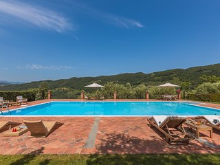 Le Molina Villa Sleeps 8 with Pool Air Con and WiFi - 5637531