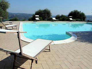Piagge Cottage Sleeps 15 with Pool and WiFi - 5711287