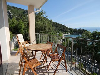 Medveja Apartment Sleeps 4 with Air Con - 5462041