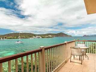 Point Pleasant - Villa Latitudes - Waterfront, Private, Brand New Listing