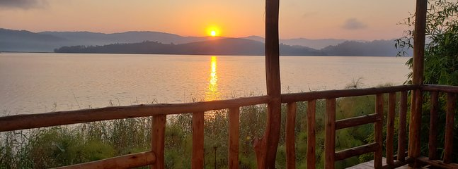 A relaxing facility on an Island on Lake Mutanda, very close to Kisoro town &Mountain Gorilla Parks.
