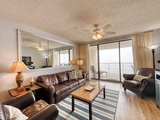 Sky-high, Gulf front condo w/ shared pools, hot tub, & tennis - great for groups