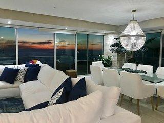 PEN2-09D Casa Ana - Spectacular 4 BR Peninsula