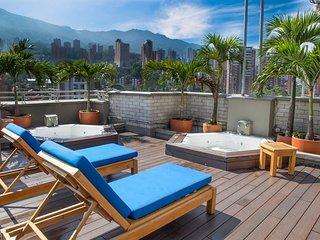 Luxe Penthouse Poblado-Alejandria 2/2 NOMAD GURU