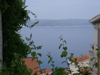 Baska Voda Apartment Sleeps 6 with Air Con - 5461170
