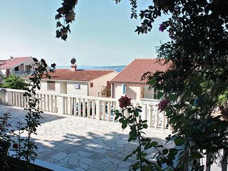 Baska Voda Apartment Sleeps 3 with Air Con - 5461169