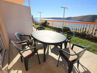 Vlasici Apartment Sleeps 6 with Air Con and WiFi - 5469416