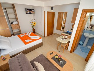 Apartments Ivanovic - Studio with Balcony