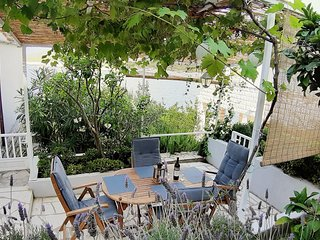 Zavalatica Apartment Sleeps 4 with Air Con and WiFi - 5458992
