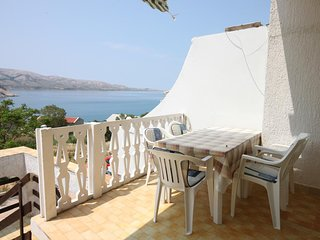 Metajna Apartment Sleeps 5 with Air Con - 5465935