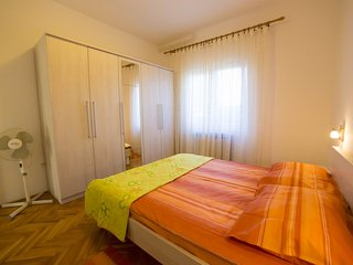 Holiday home 156452 - Holiday apartment 149953