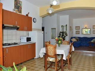 Holiday home 173238 - Holiday apartment 187113