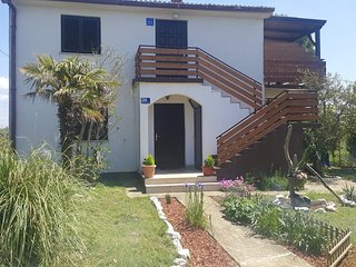 Batalazi Apartment Sleeps 5 with Air Con - 5579847