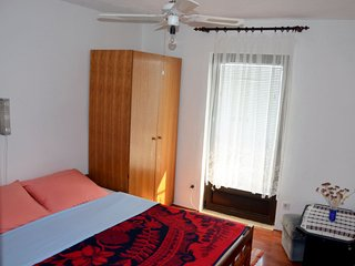 Holiday home 163988 - Holiday apartment 165797