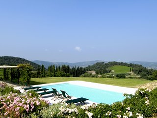 Le Bolle Villa Sleeps 8 with WiFi - 5238307